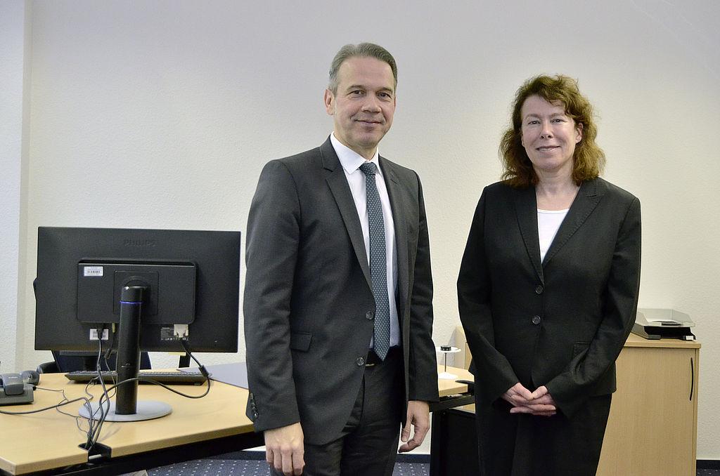 Innenminister Maier mit der Leiterin der Polizeivertrauensstelle